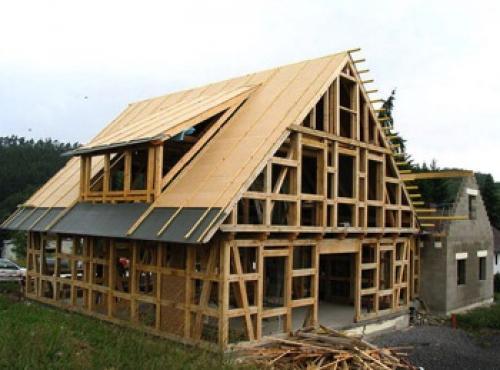«из чего лучше строить дом?». Дом каркасного типа