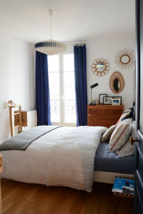 Шторы для маленькой спальни. Занавески в спальню: фото вариантов для маленькой комнаты
