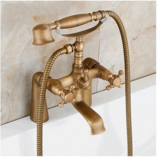 Смеситель для ванной. Выбор лучшего материала для смесителей
