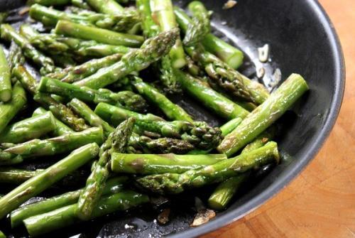 Спаржа, как готовить свежую. Как вкусно пожарить спаржу - классический рецепт