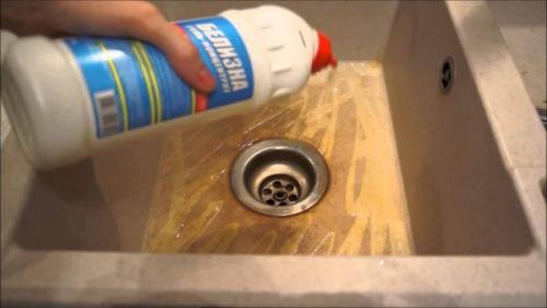 Что можно мыть белизной. Белизна: необычные и интересные способы использования