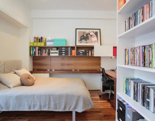 Как сделать гостиную и спальню в одной комнате. Что учесть