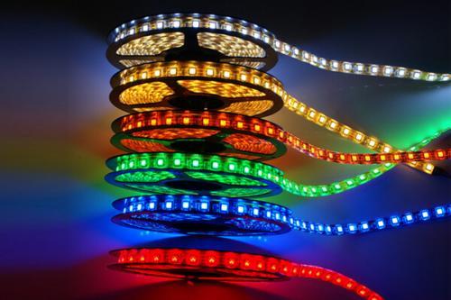 Какую светодиодную ленту выбрать для подсветки кухни. №2. Виды светодиодных лент: один цвет или несколько?