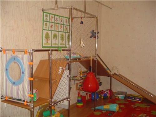 Домашний детский комплекс своими руками. Как установить спортивный уголок для детей в квартиру своими руками для развития ребенка