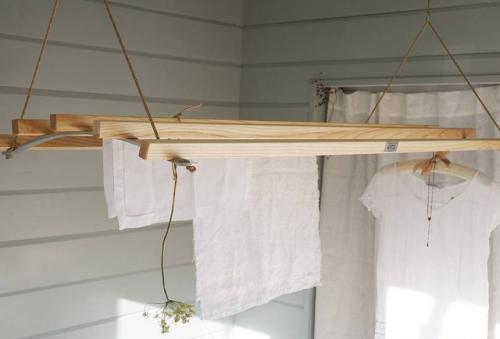 Как на балконе повесить бельевые веревки. Веревки для белья
