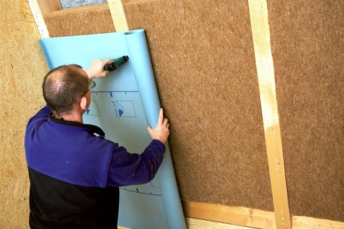 Пароизоляция стен снаружи. Какой стороной укладывать пароизоляцию для стен деревянного дома?