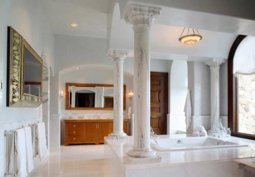 Дизайн колонны в холле. Колонны в интерьере — 90 фото лучших идей изящного дизайна и декора
